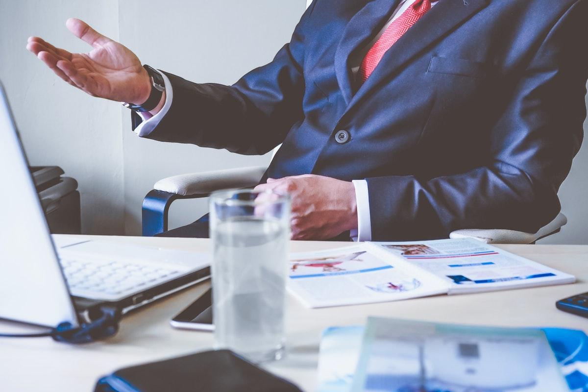 Cuál es la función de un asesor financiero